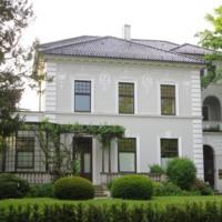 Sitz (seit 1979) der Oldenburgischen Landschaft in der 1898 erbauten Villa Gartenstraße 7 by Dbleicher is licensed under CC0