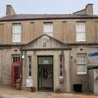 Museum in Stromness, Orkney Islands, Scotland by Unukorno is licensed under CC BY 4.0